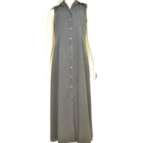 J Peterman Dresses & Skirts - J Peterman Co. dress SZ 8 black 100% silk button f